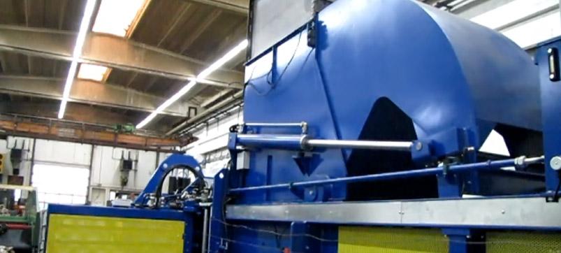 Lid channel baling press